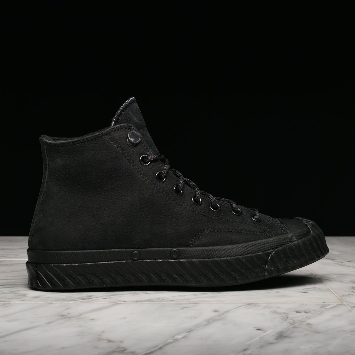 BOSEY WATER-REPELLENT CHUCK 70 - BLACK / ALMOST BLACK