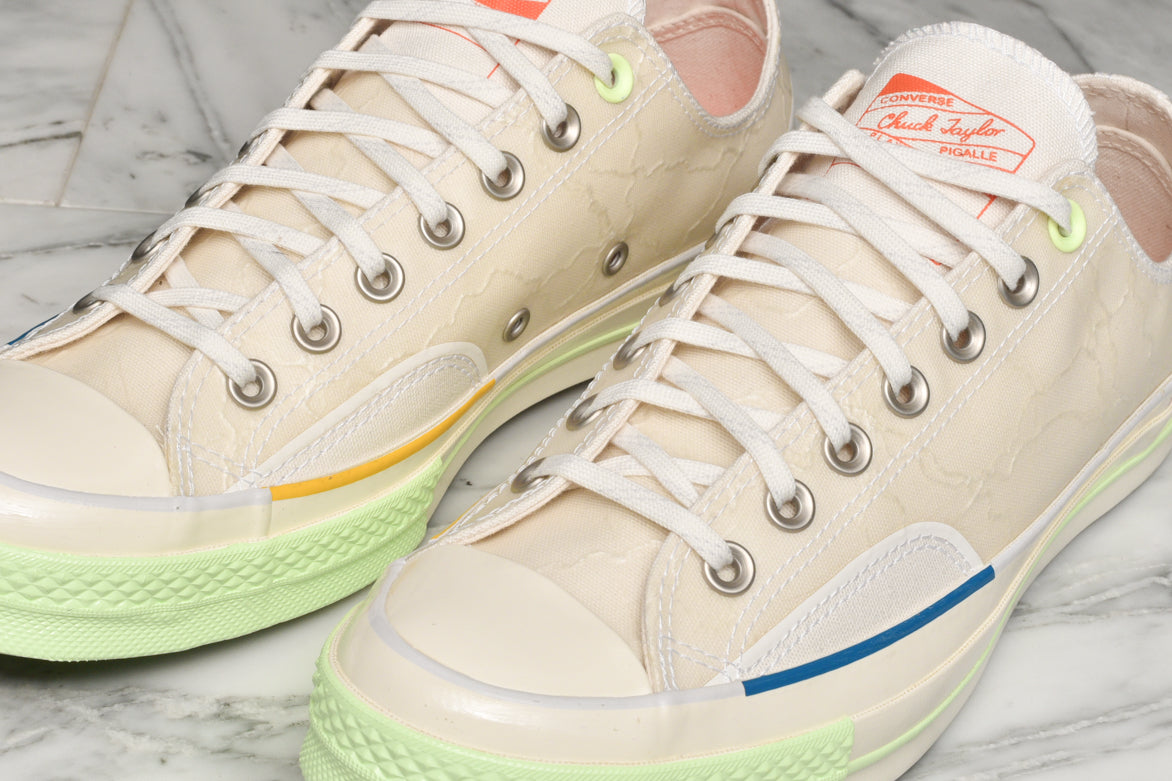 PIGALLE X CONVERSE CHUCK 70 OX - WHITE / VAST GREY / BARELY VOLT