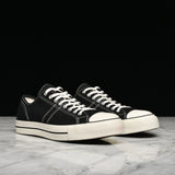 CONVERSE LUCKY STAR OX - BLACK