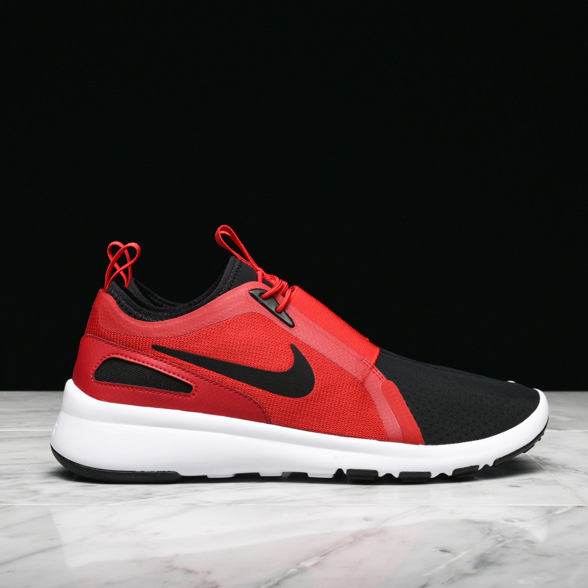 CURRENT SLIP ON - GYM RED / BLACK