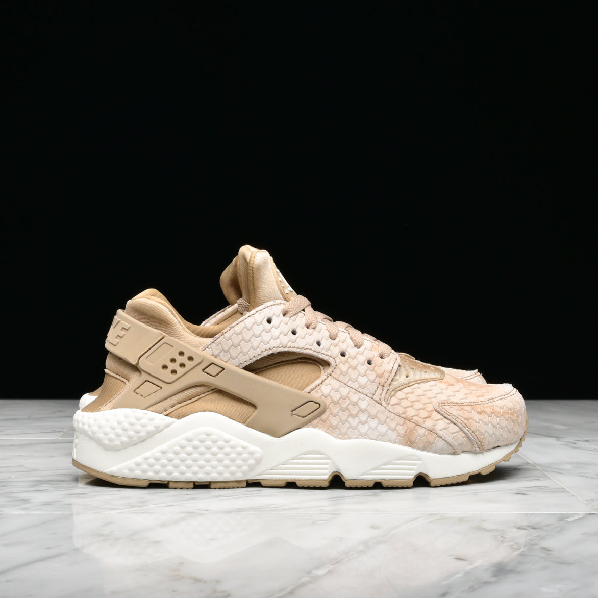 womens gold nike huarache