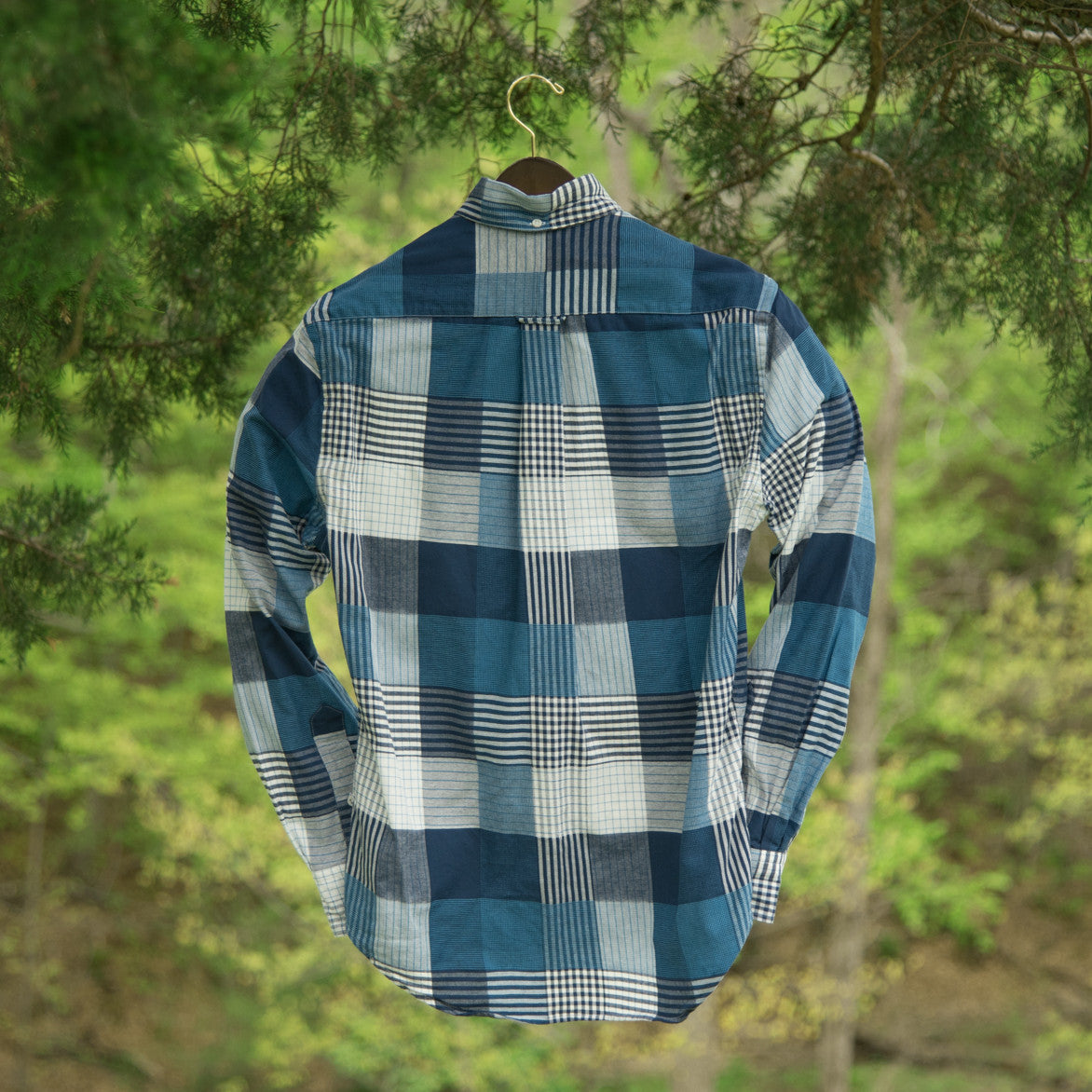 VINTAGE PLAID BUTTON DOWN - BLUE / WHITE