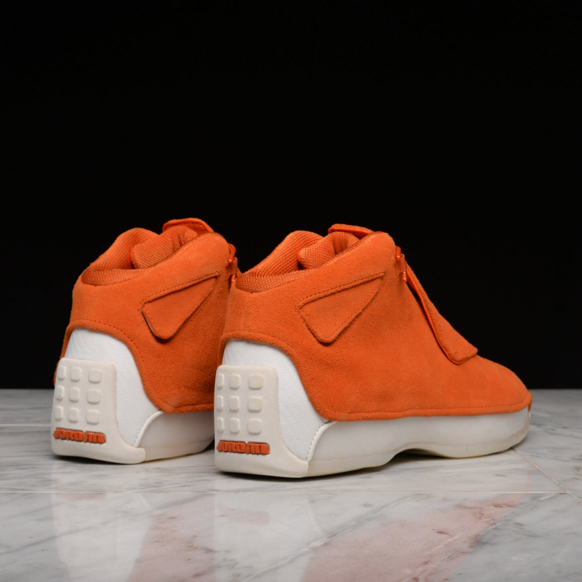 5ed505fb7b46 ... ORANGE AIR JORDAN 18 RETRO