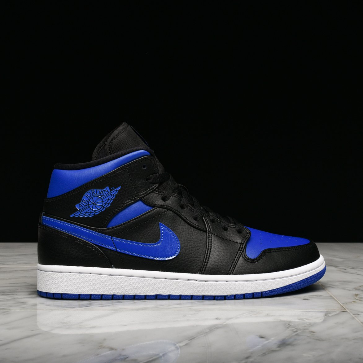 "AIR JORDAN 1 MID ""HYPER ROYAL""**"