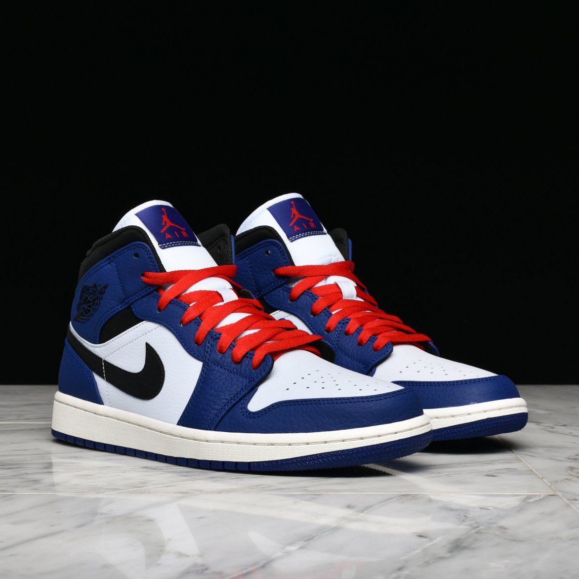 AIR JORDAN 1 MID SE-ROYAL/BLACK-RED