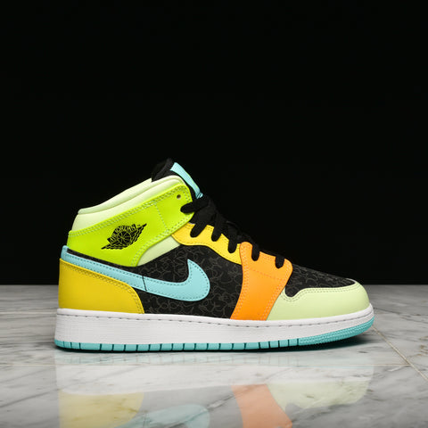 AIR JORDAN 1 MID SE - BLACK / AURORA GREEN / OPTI YELLOW