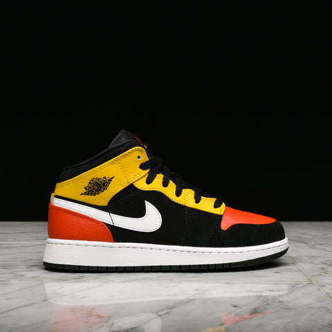 AIR JORDAN 1 MID SE (GS) - BLACK / TEAM ORANGE / AMARILLO