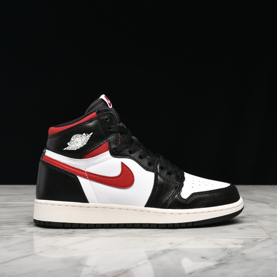 new product 01def fcfc2 AIR JORDAN 1 RETRO HIGH OG (GS)