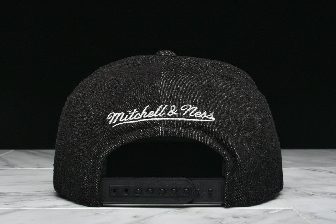 "LAPSTONE & HAMMER x MITCHELL & NESS ""BLACK DESTRUCTED DENIM"" - SPURS"