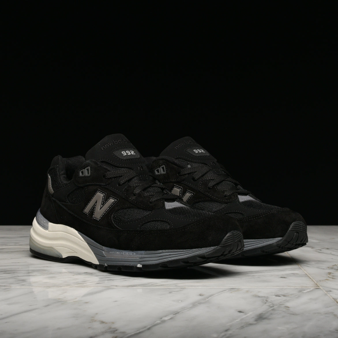 992 MADE IN USA- BLACK