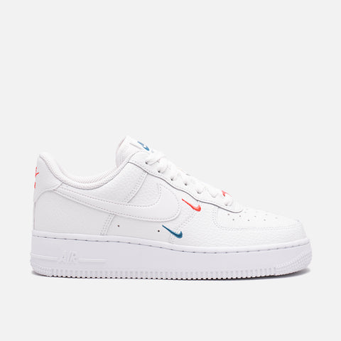 WMNS AIR FORCE 1 `07 ESS - SUMMIT WHITE / SOLAR RED