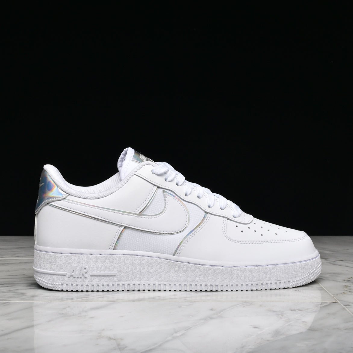 d0f41274239537 AIR FORCE 1 `07 LV8 4