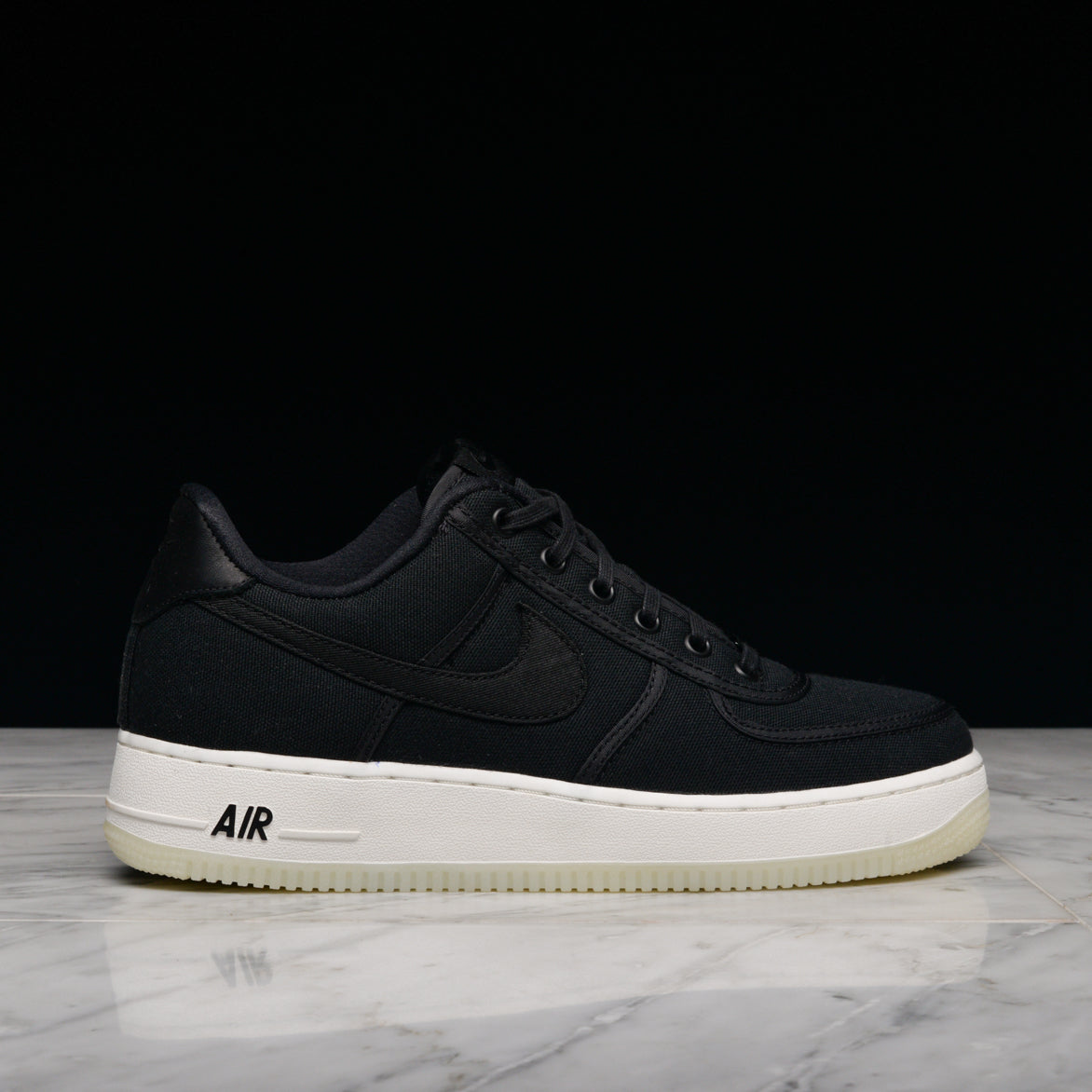 1d6bf73898f AIR FORCE 1 LOW RETRO QS