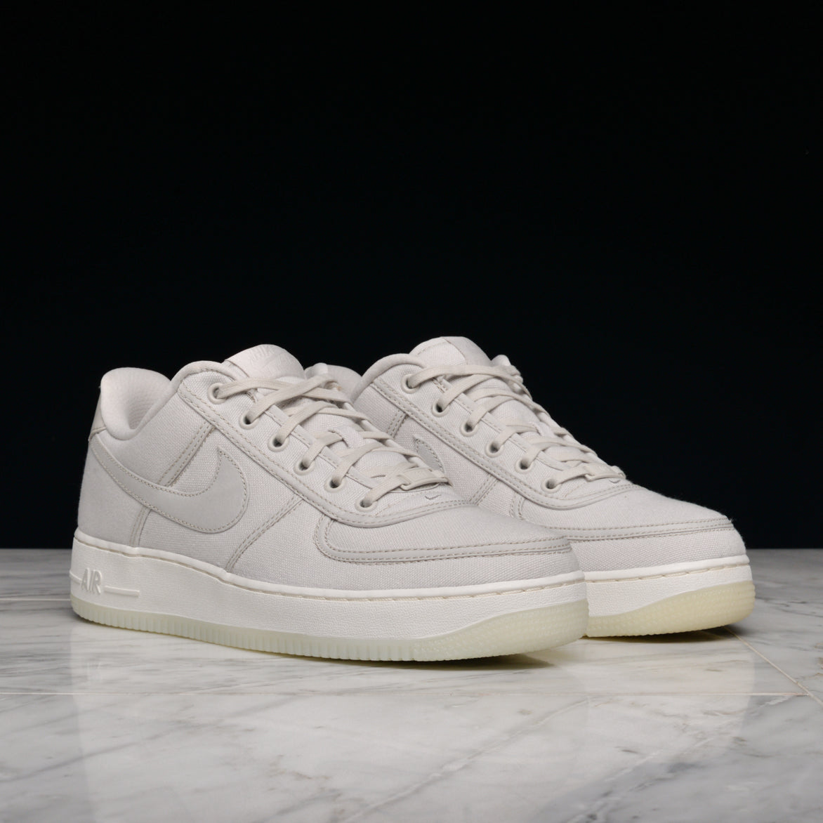 ... LIGHT BONE AIR FORCE 1 LOW RETRO QS