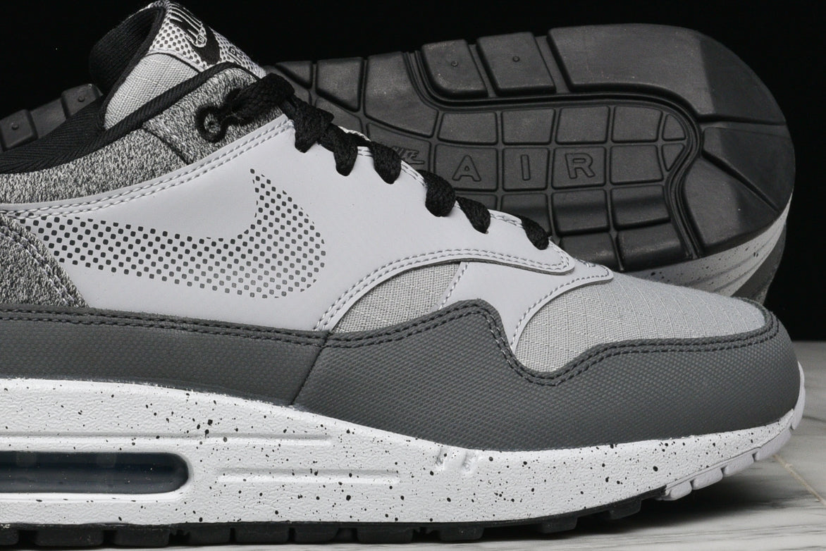 AIR MAX 1 SE - WOLF GREY / ANTHRACITE