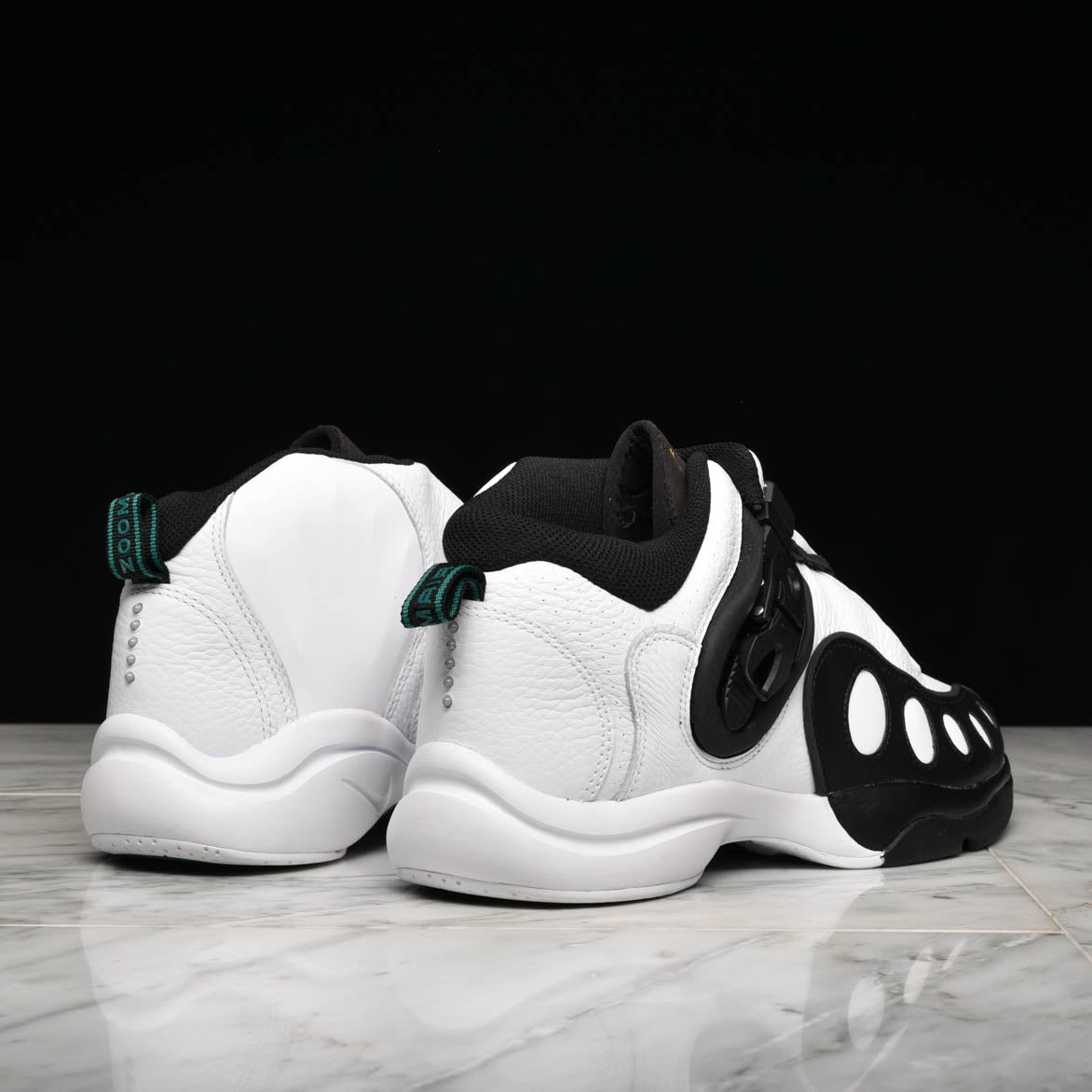 ZOOM GP - WHITE / BLACK