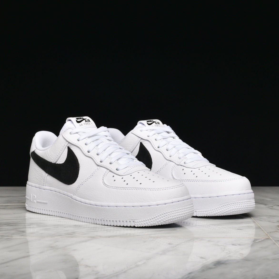 "AIR FORCE 1 '07 PRM 2 ""BIG SWOOSH"" - WHITE / BLACK"