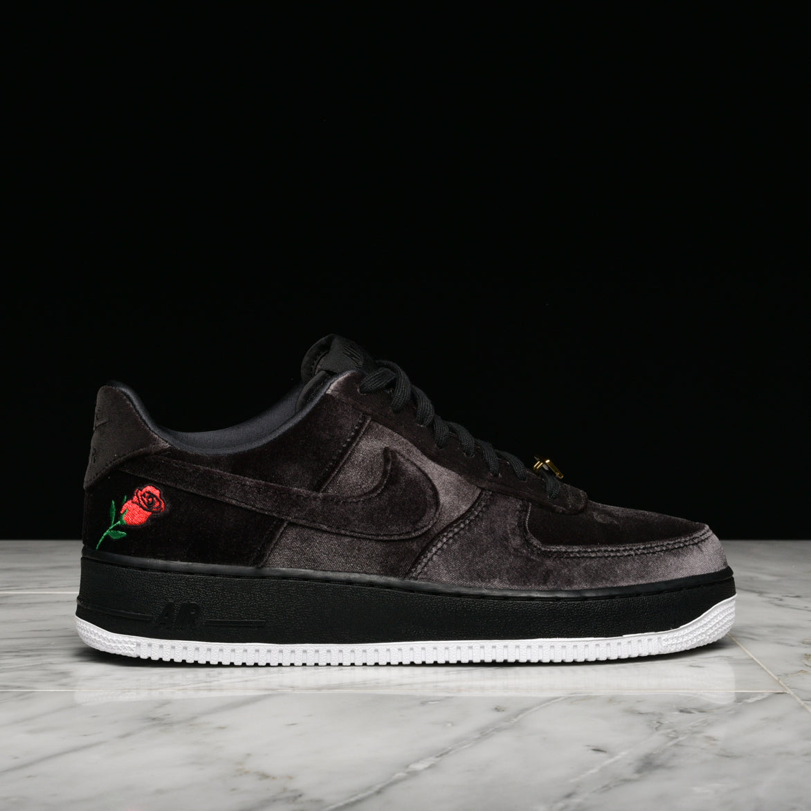 21f209689012 AIR FORCE 1`07 QS