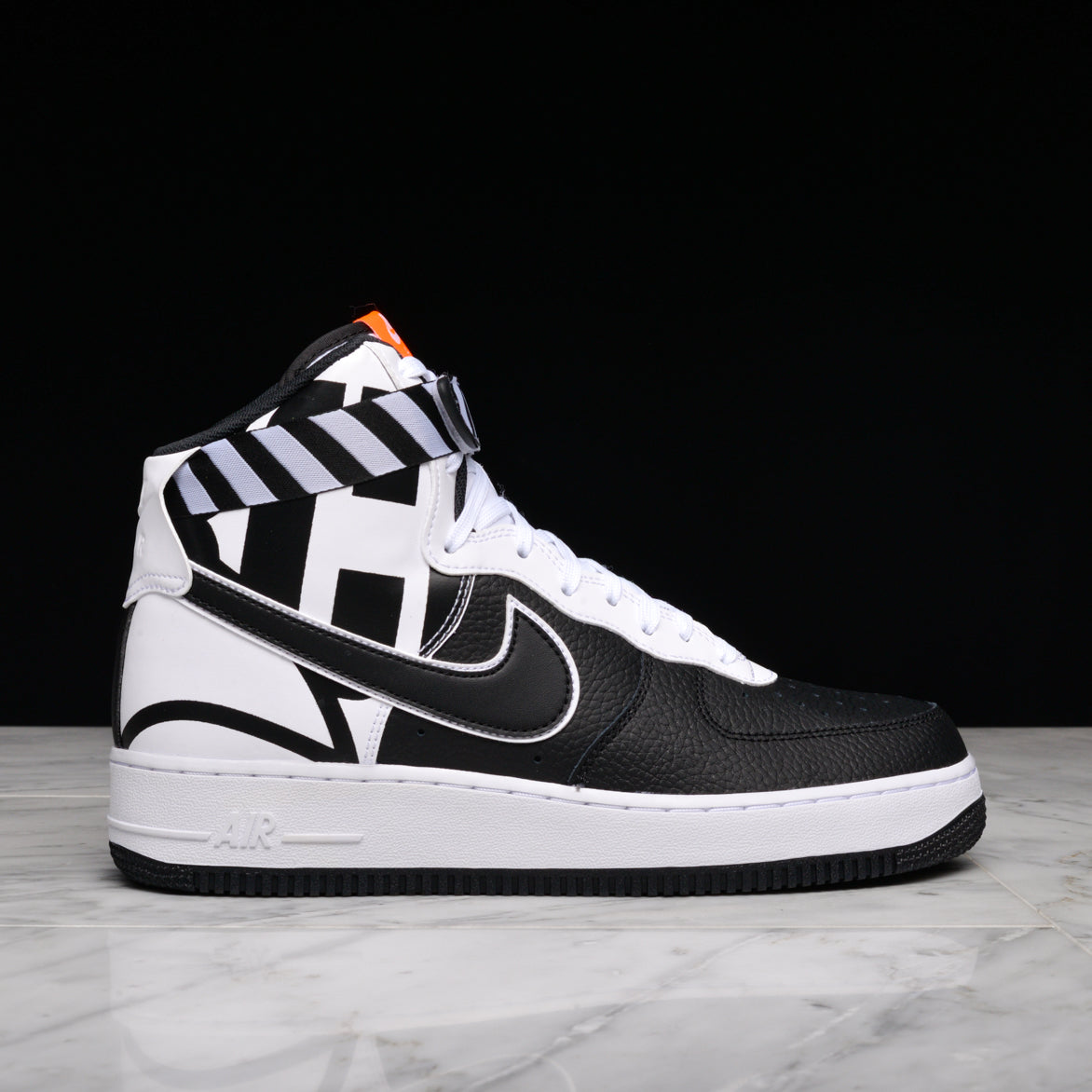 db02564881f AIR FORCE 1 HIGH `07 LV8