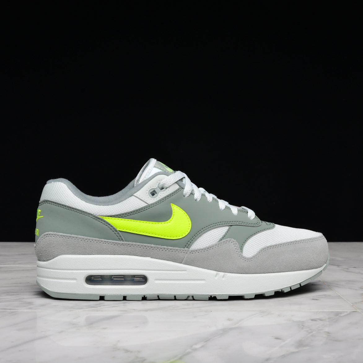 AIR MAX 1 - MICA GREEN / VOLT