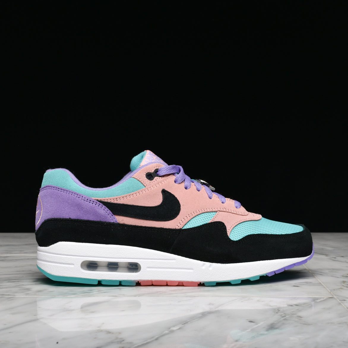 "AIR MAX 1 ""HAVE A NIKE DAY"" - SPACE PURPLE"