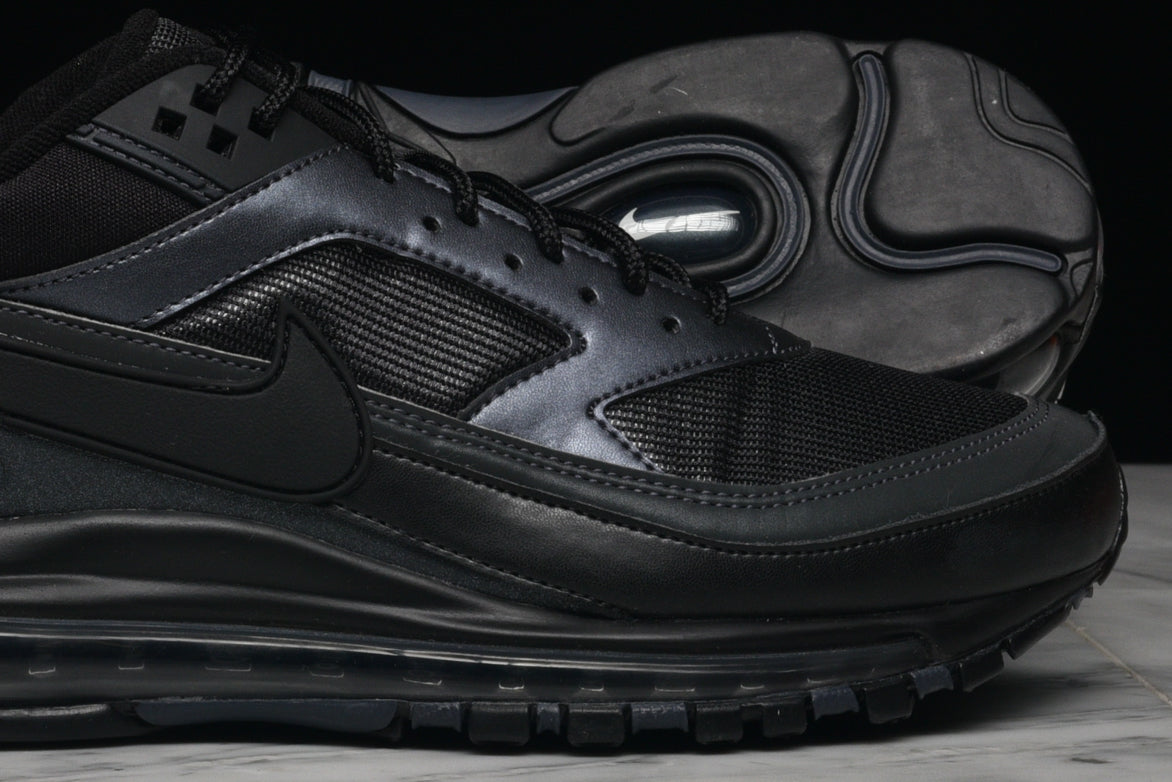 "AIR MAX 97/BW ""BLACK / METALLIC HEMATITE"""