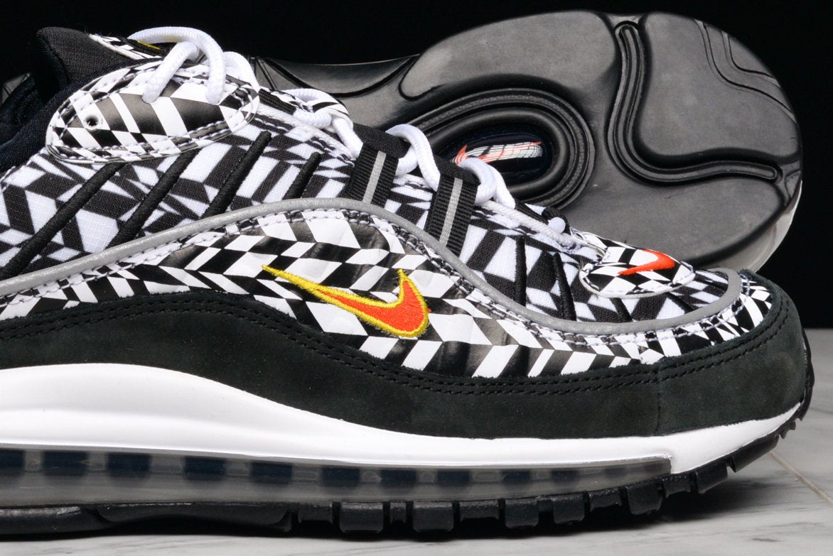 AIR MAX 98 AOP - BLACK / WHITE