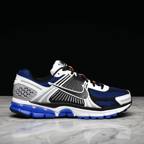 ZOOM VOMERO 5 SE SP - WHITE / RACER BLUE / BLACK