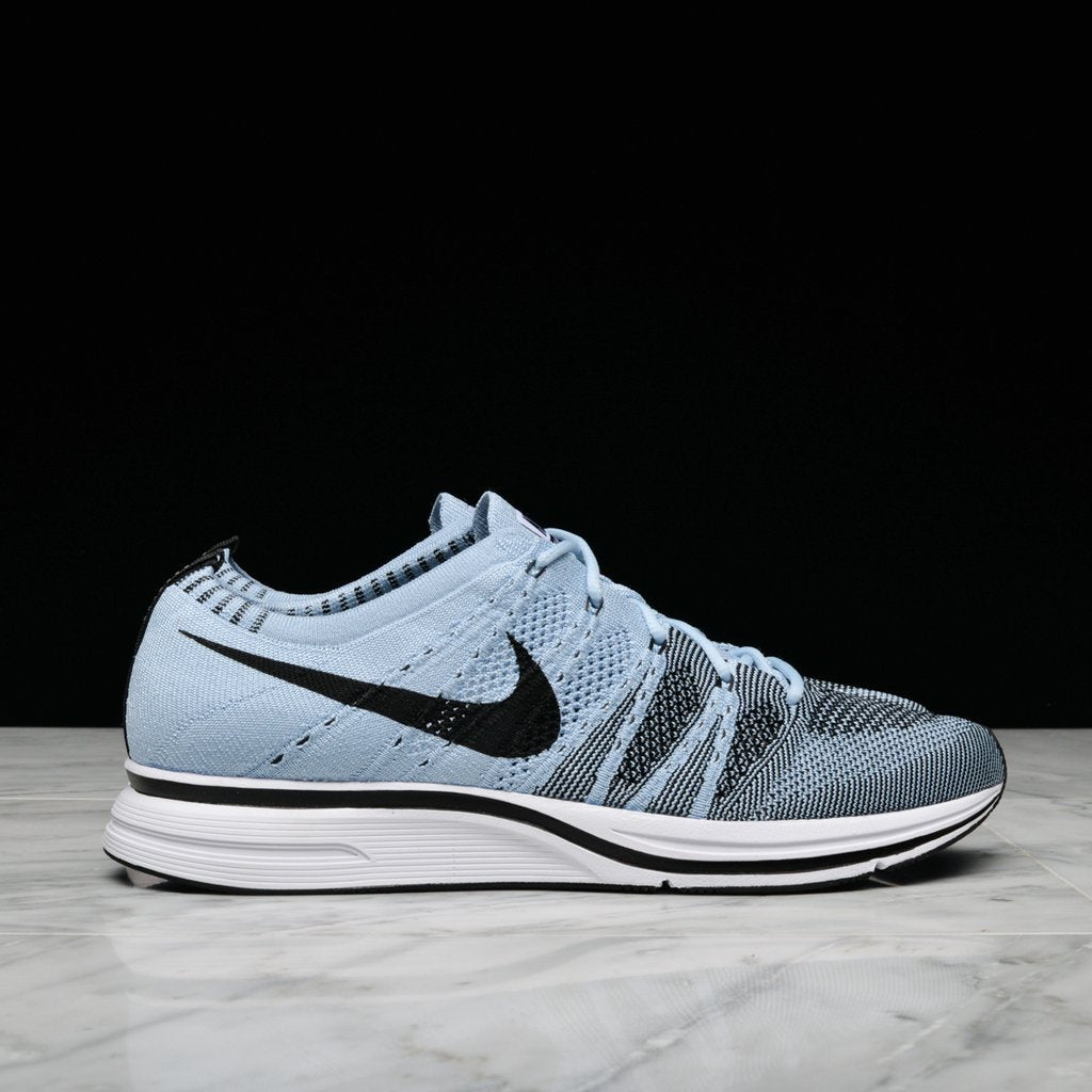 buy popular b2178 eee10 FLYKNIT TRAINER - CIRRUS BLUE ...