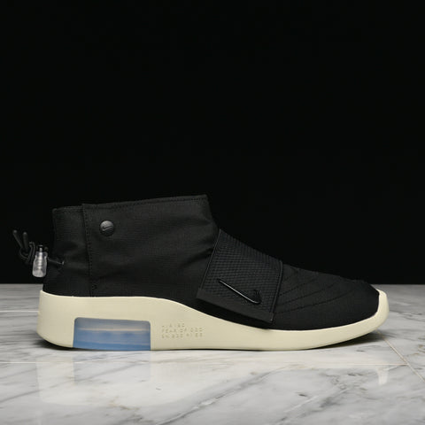 AIR FEAR OF GOD MOC - BLACK / FOSSIL