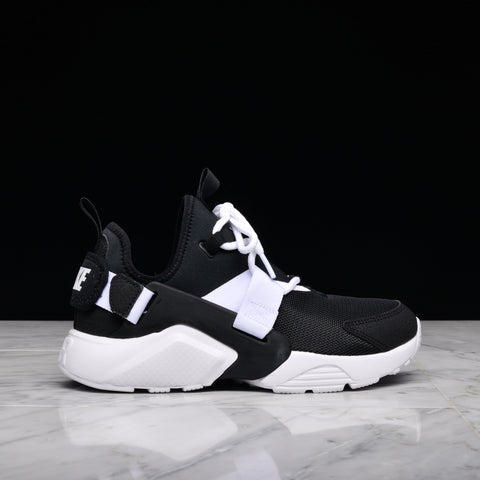 WMNS AIR HUARACHE CITY LOW - BLACK / WHITE