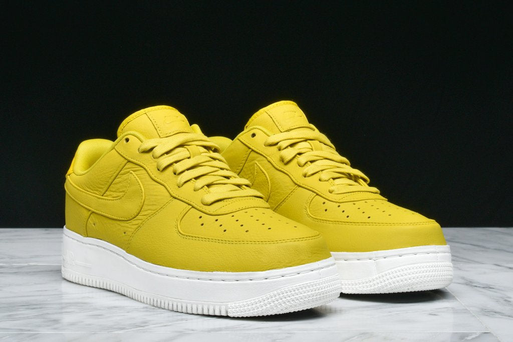 ... NIKELAB AIR FORCE 1 LOW - BRIGHT CITRON ... 1c26f8073