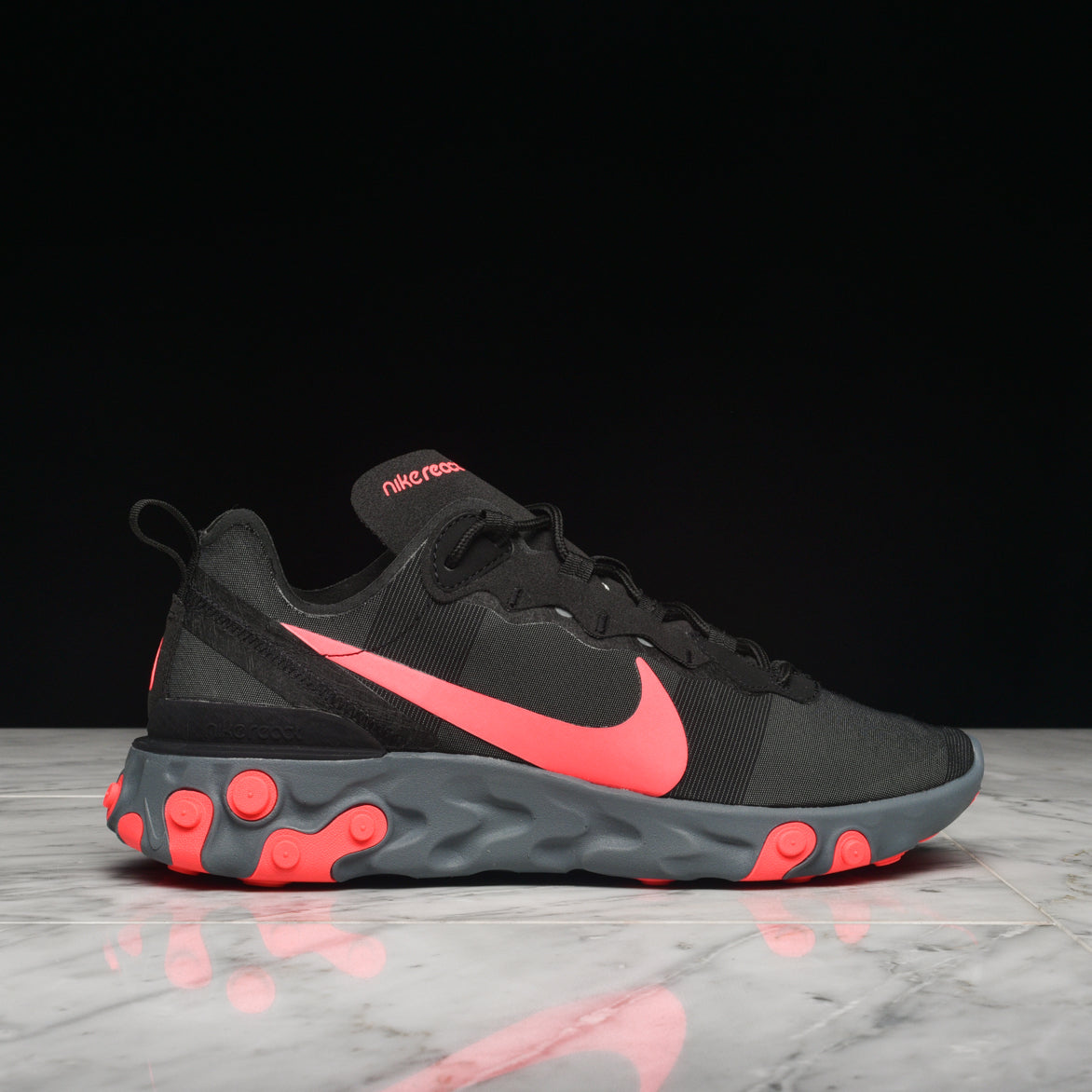 "REACT ELEMENT 55 ""BLACK / SOLAR RED"""
