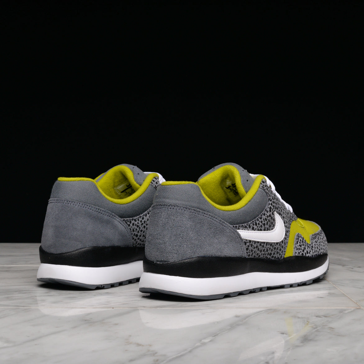 AIR SAFARI SE - FLINT GREY / BRIGHT CACTUS