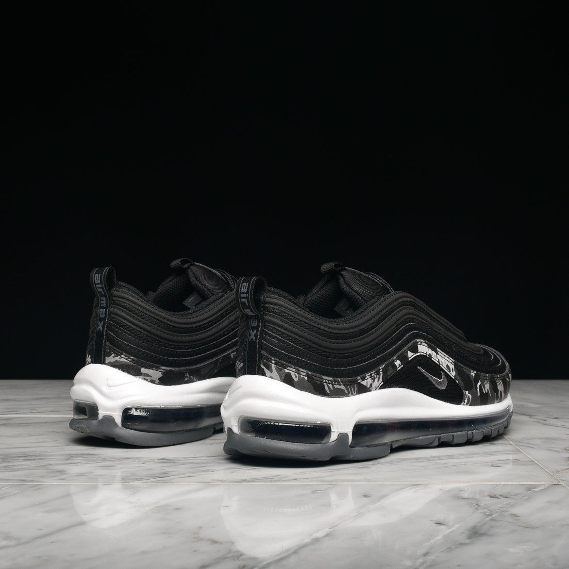 Nike Wmns Air Max 97 Premium in schwarz 917646 005 | everysize