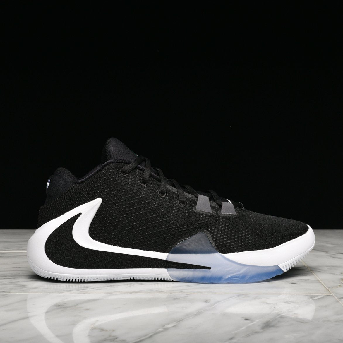 "ZOOM FREAK 1 ""BLACK / WHITE"""