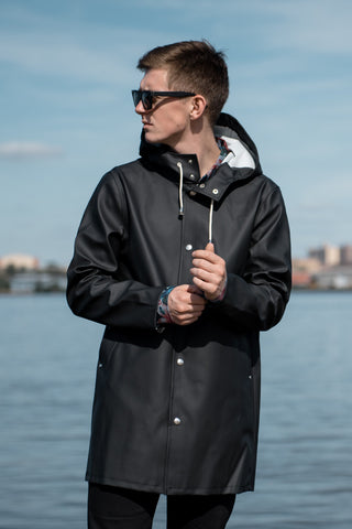 STOCKHOLM RAINCOAT - BLACK