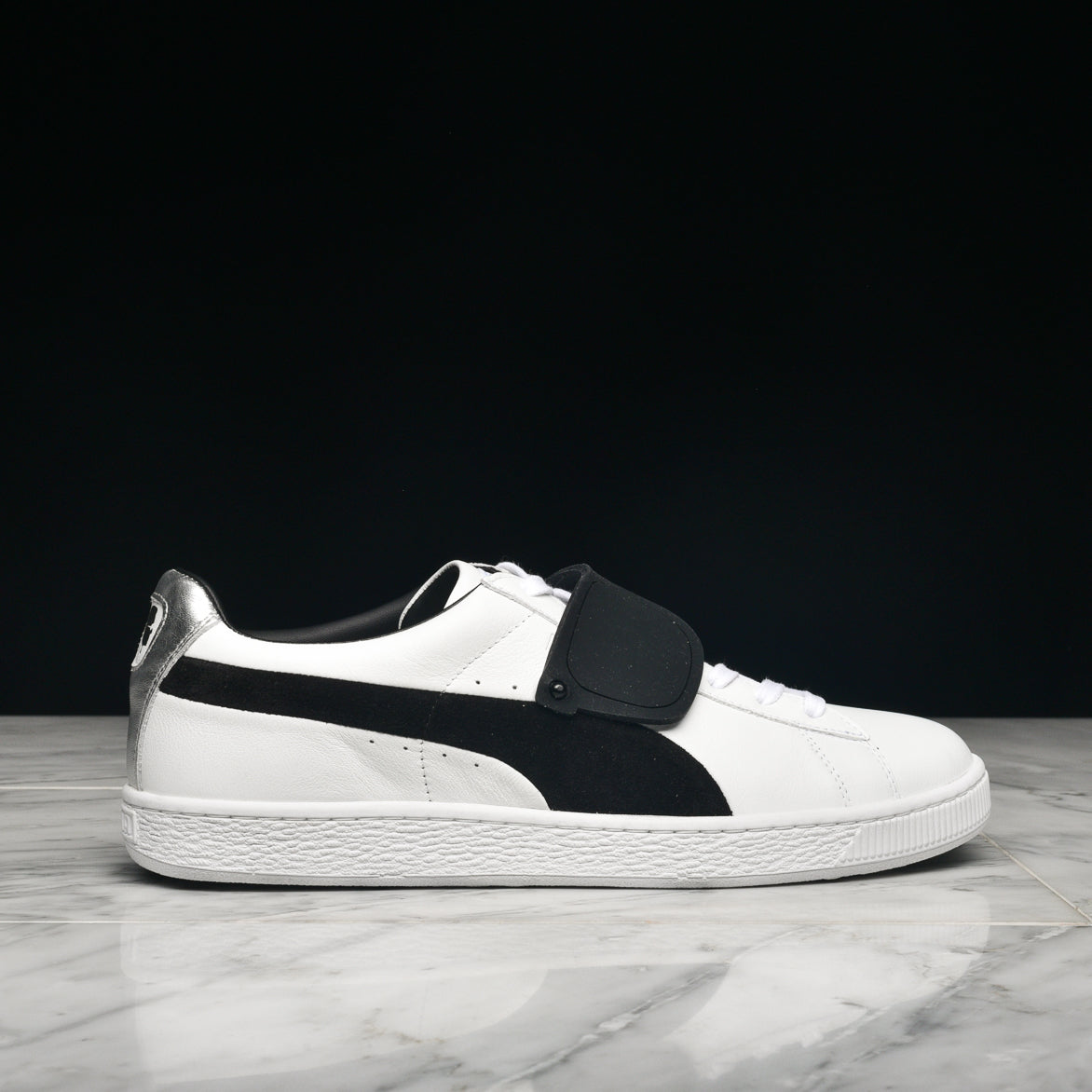 4abd124723d KARL LAGERFELD X PUMA SUEDE CLASSIC - WHITE   BLACK ...