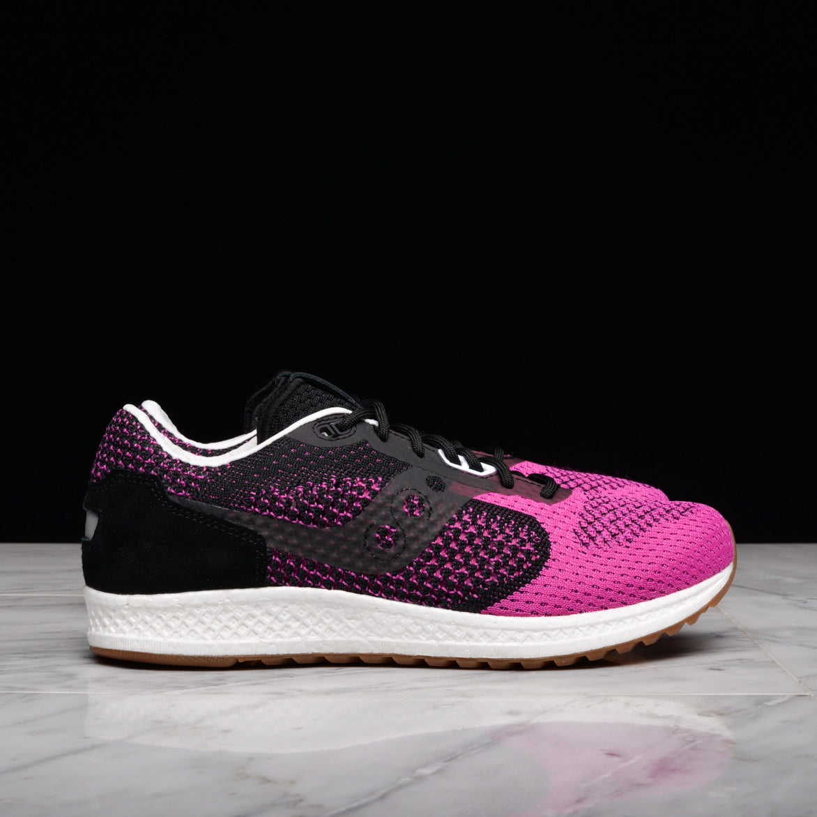 saucony shadow pink devil