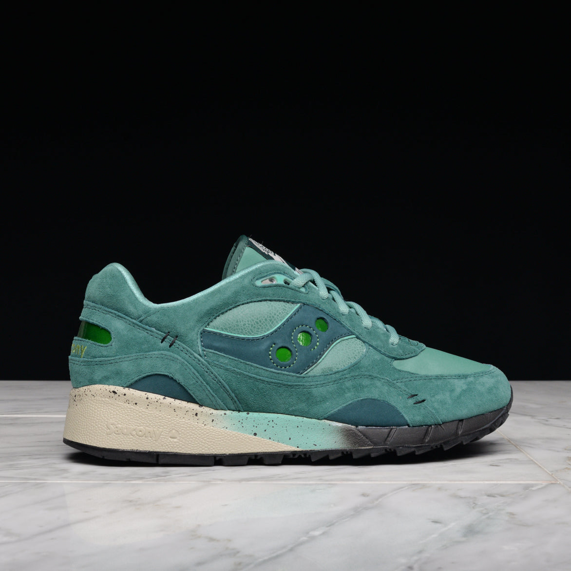 FEATURE x SAUCONY SHADOW 6000 \