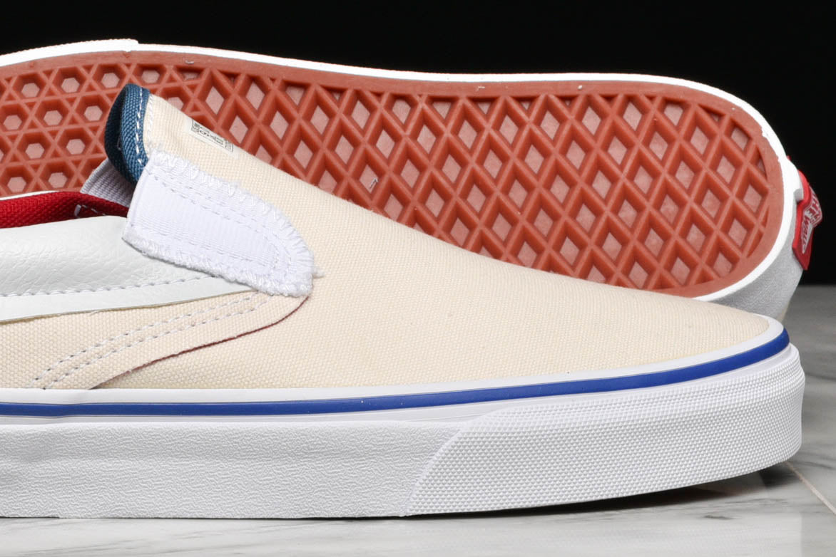 "CLASSIC SLIP-ON ""OUTSIDE IN"" - NATURAL"