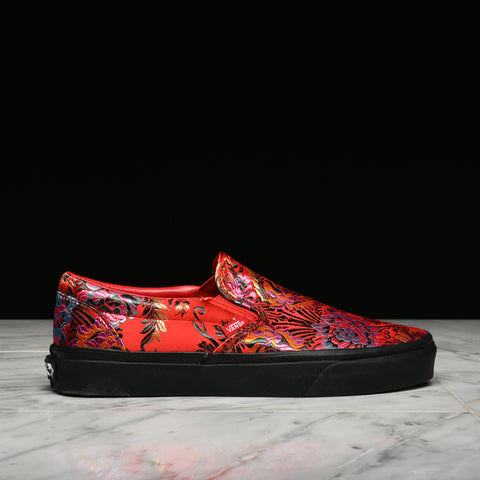 "CLASSIC SLIP-ON ""FESTIVAL SATIN"" - RED"