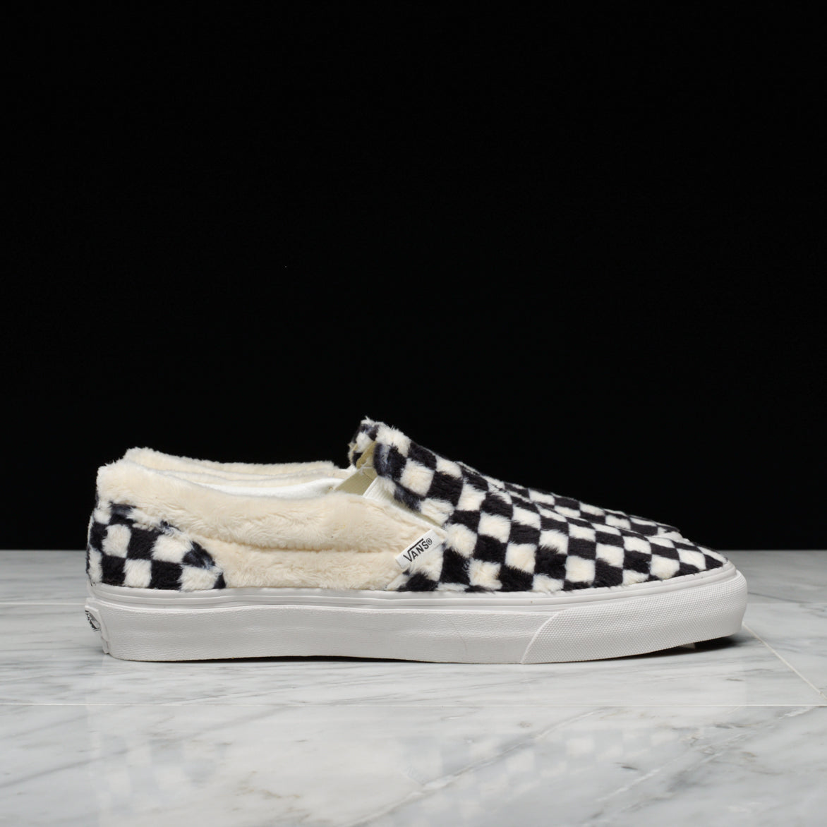 CLASSIC SLIP-ON SHERPA CHECKERBOARD - BLACK / WHITE