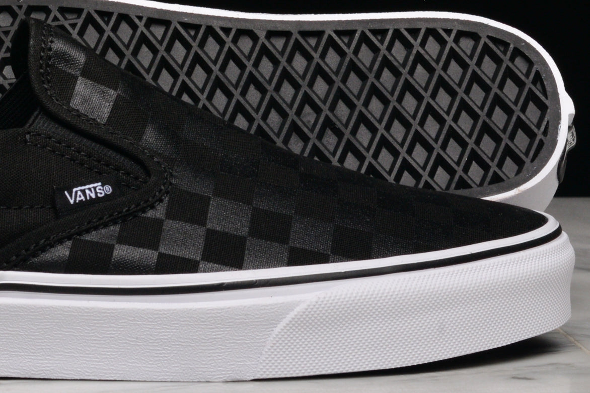 CLASSIC SLIP-ON (CHECKERBOARD) - BLACK / BLACK