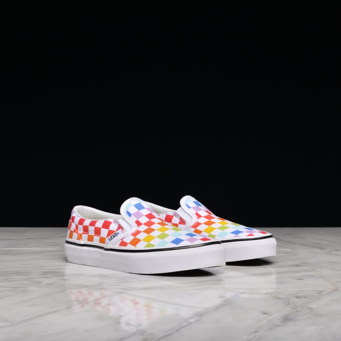c4cd6a4a0b CLASSIC SLIP-ON CHECKERBOARD (KIDS) - RAINBOW   WHITE ...