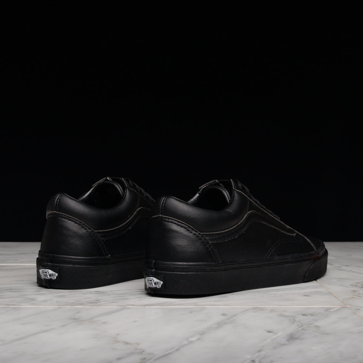 "OLD SKOOL ""CLASSIC TUMBLE"" - BLACK MONO"