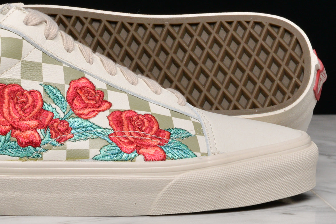 "OLD SKOOL DX ""ROSE EMBROIDERY"" - MARSHMALLOW / TURTLEDOVE"