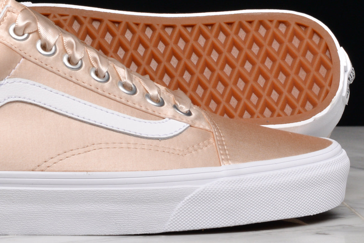 OLD SKOOL (SATIN LUX) (GS) - BLUSH / WHITE