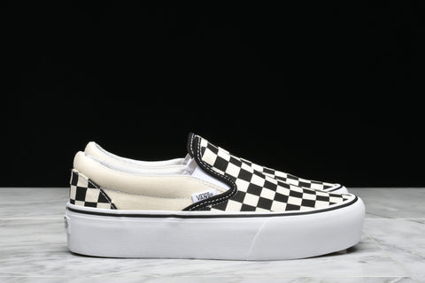 "WMNS CLASSIC SLIP-ON PLATFORM ""CHECKERBOARD"""
