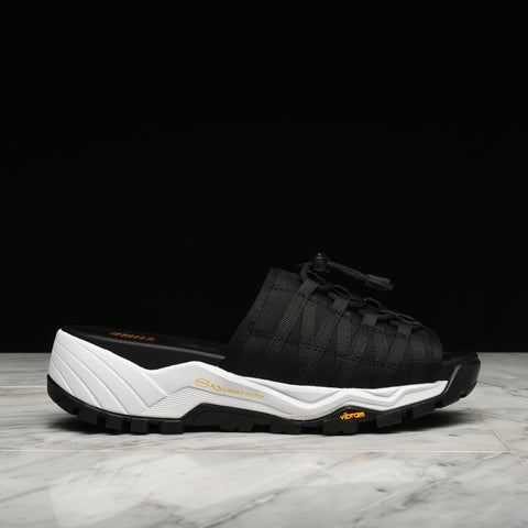 MOUNT KITA - BLACK / ORANGE